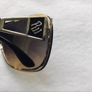 Rocawear Accessories - Rocawear Sunglasses 😎